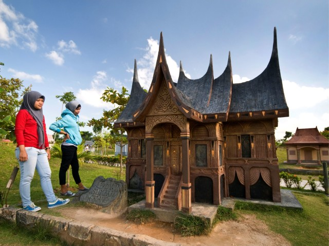 Miniature House of Indonesia in Golden City Batam by Golden View