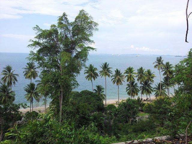 Pulau Sambu Batam scenery from top of the hill (photo by sarahjalan.com)
