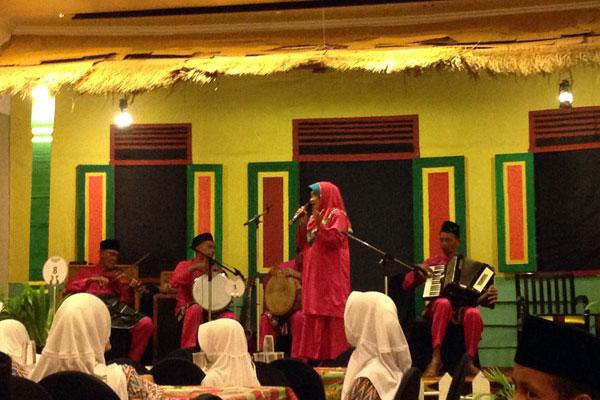 Hiburan live music Betawi