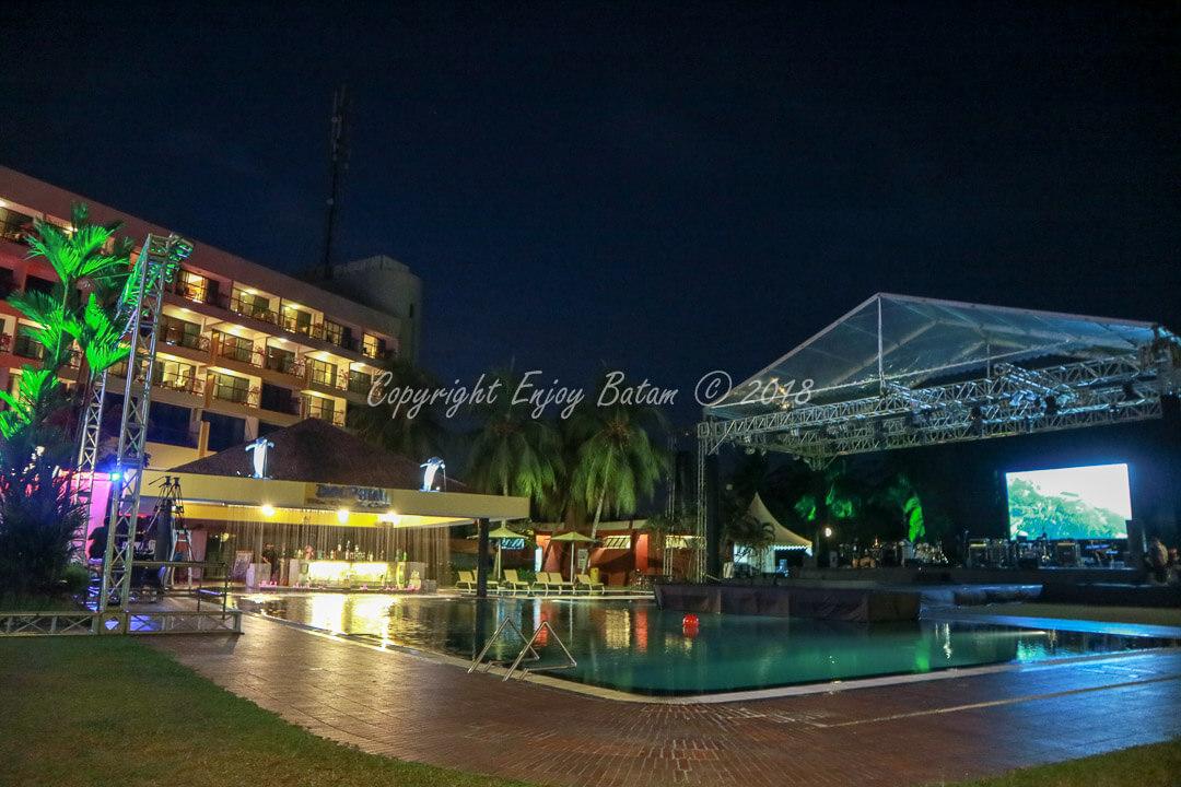 Main Stage Pool Side Batam View Beach Resort