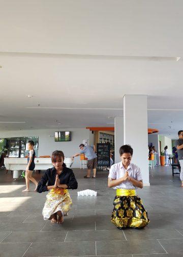 Sambutan Tari Bali